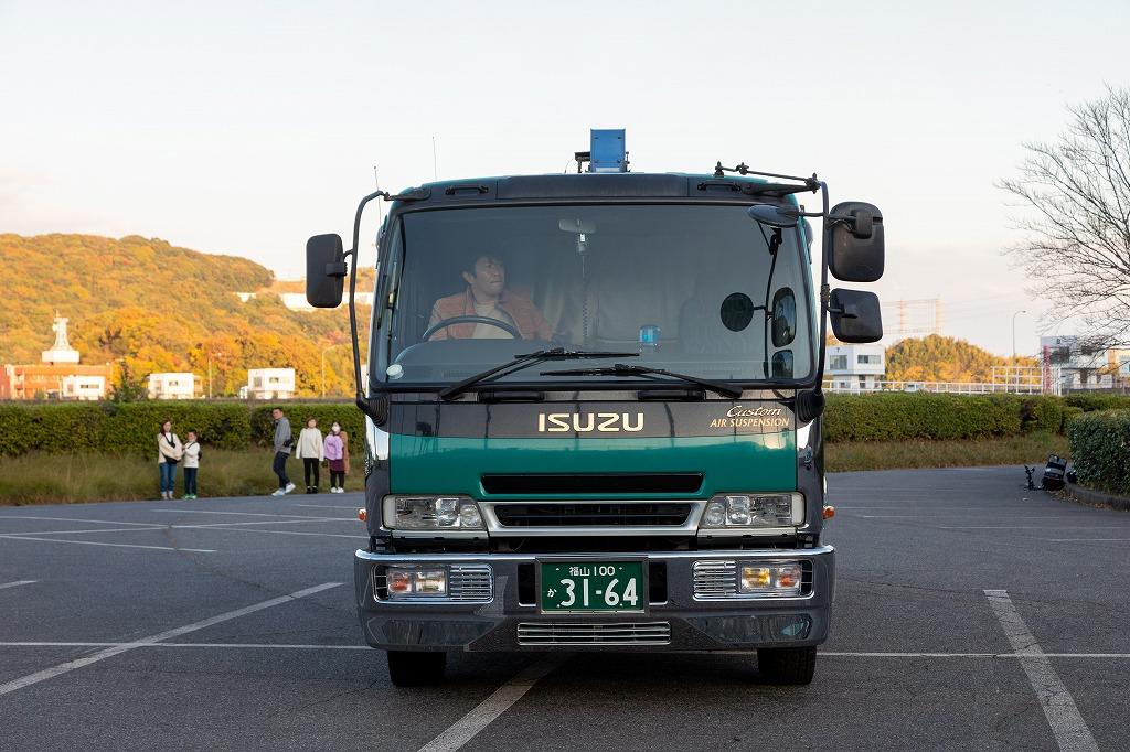 福山 100 か 3164 (3)